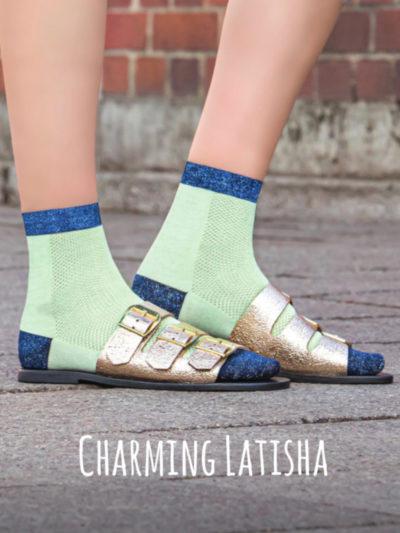Charming Latisha Lochmuster Socken von Too Hot To Hide