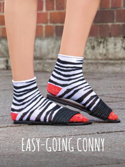 Conny Zebra Socken von Too Hot To Hide